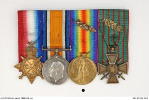 1914-15 Star, British War Medal, Victory Medal with MiD Oak Leaf and Croix de Guerre